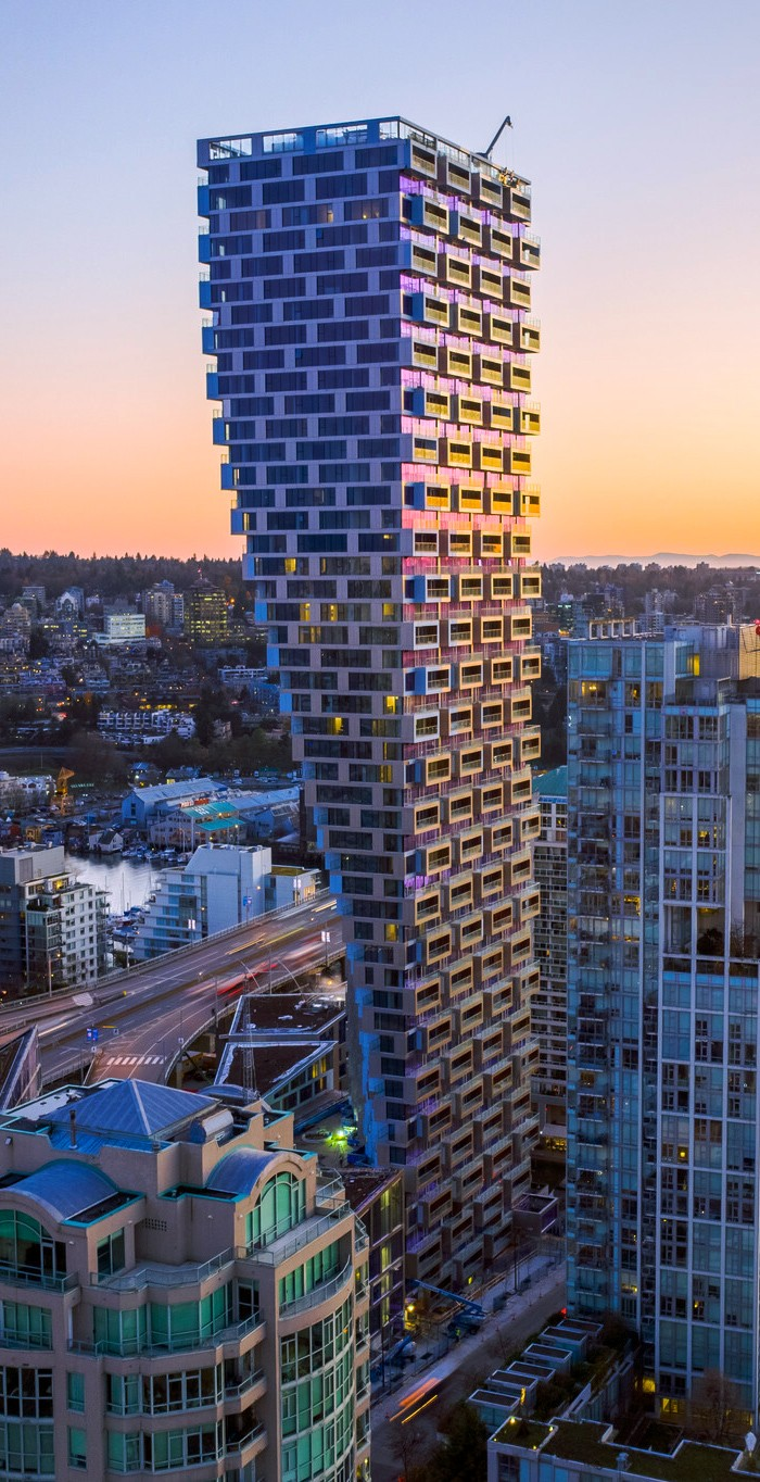Conheça o Arranha-Céus residencial neufuturista que desafia todas as leis da física